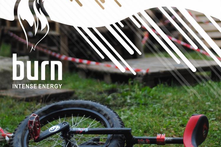 Competitie de monociclism trial pe malul Somesului, in Grigorescu