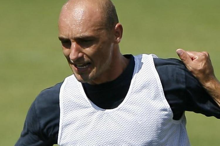 Doi jucatori de la CFR Cluj pleaca luni in San Marino pentru meciul Nationalei