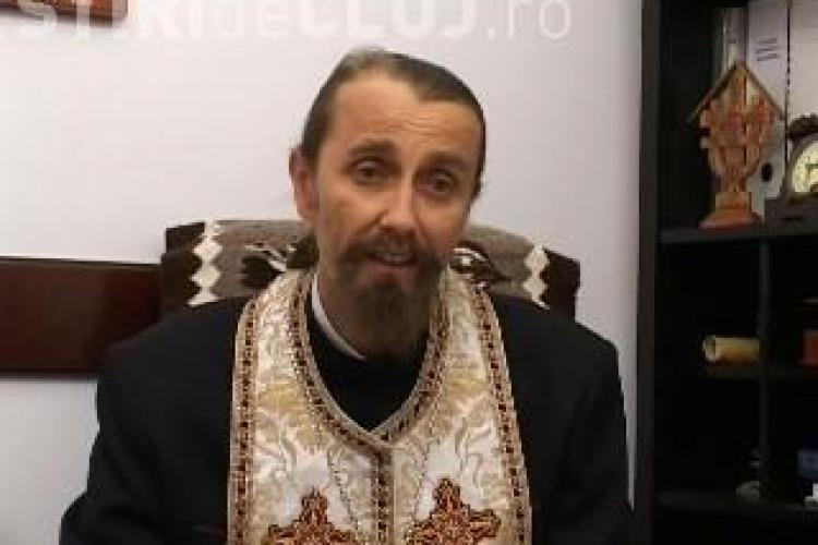 "Staretul Manastirii Nicula, despre credinciosii care se tarasc pe coate: ""Se antreneaza ca sportivii"" VIDEO"