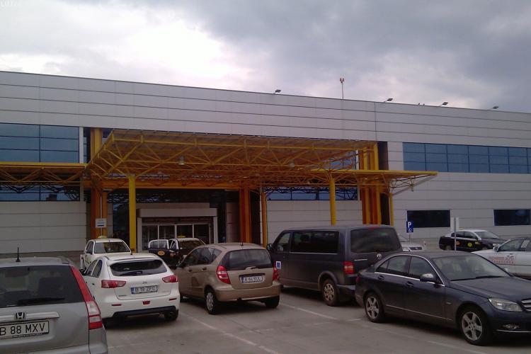 """Proiectul parkingului suprateran de la Aeroportul Cluj nu a primit aviz: """"Propuneti un siloz in fata terminalelor"""" FOTO"""