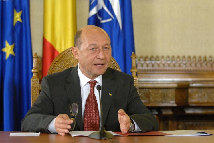 Presedintele Traian Basescu: Guvernul lucreaza la reducerea numarului de taxe