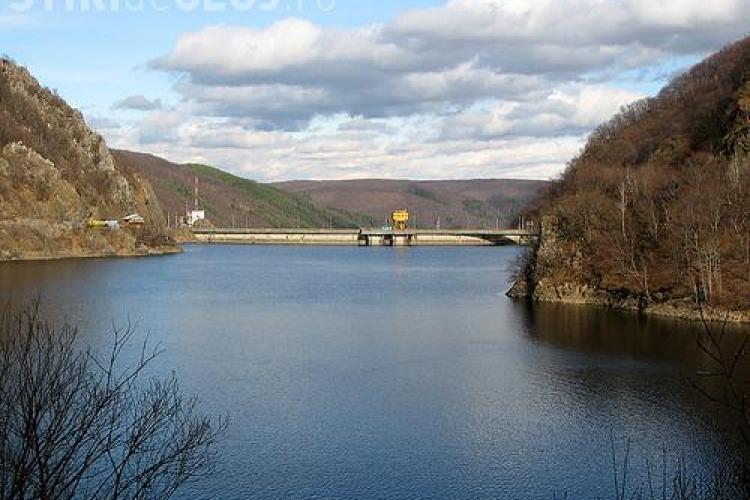 Chinezii, invitati sa investeasca in Cluj, in hidrocentrala Tarnita-Lapustesti