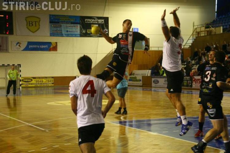 Handbalistii de la U Transilvania participa la Cupa Satmarului