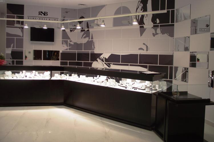 Magazin nou de bijuterii in Iulius Mall Cluj, deschis din 1 august
