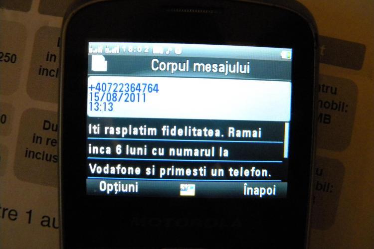 Reclama mincinoasa la Vodafone Cluj: Telefon cadou pentru clientii fideli doar pe hartie