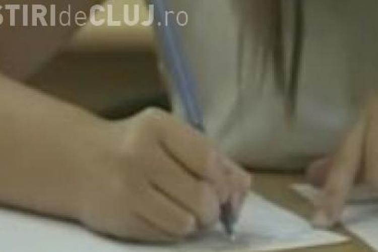 "Perle la BAC 2011: ""Trasaturi ale genului epic: blonda, 60-90-60, ochi albastri?"