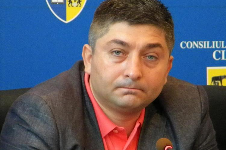 Tise, acuzat ca si-a promovat secretara la rang de consilier, iar acum i-a gasit un loc caldut in SC Cluj Arena