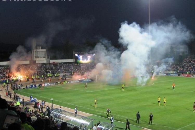 Poli Timisoara - CFR Cluj, meci cu grad ridicat de risc. 250 de jandarmi vor asigura ordinea
