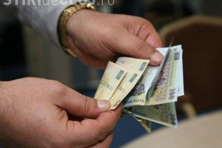 Guvernul va adopta un act normativ pentru reducerea comisionului pentru rambursarea anticipata a creditelor