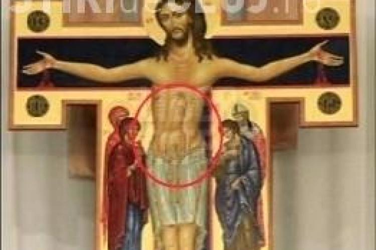 Iisus cu un penis urias pe burta intr-un crucifix dintr-o biserica americana
