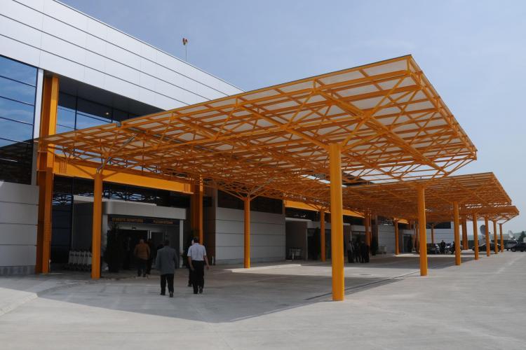 Emil Boc: Aeroportul International din Cluj-Napoca se deschide de la ora 15.00 - VIDEO
