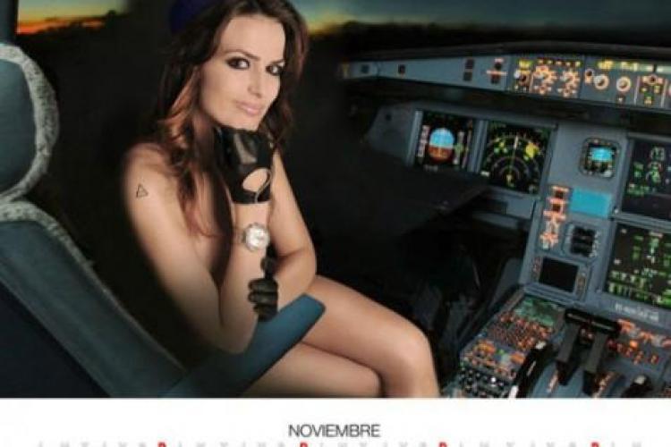 Protest inedit : stewardesele Air Comet pozeaza nud pentru ca nu au fost platite de noua luni - VIDEO