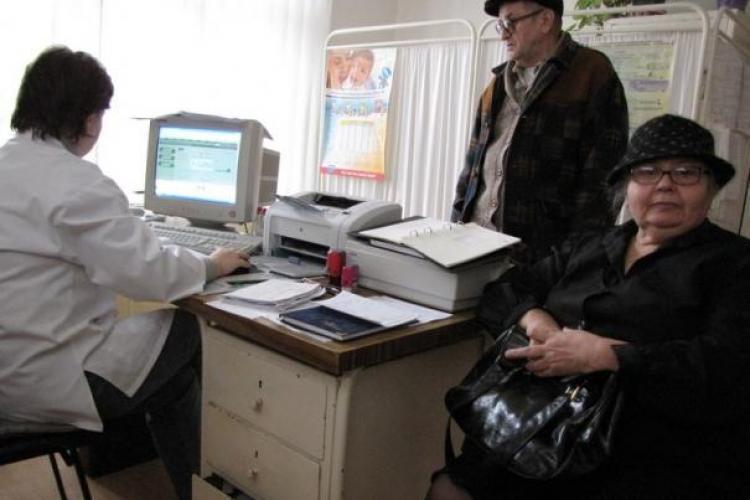 Pana la aparitia noilor contracte, medicii de familie din Cluj vor lucra pe acte aditionale