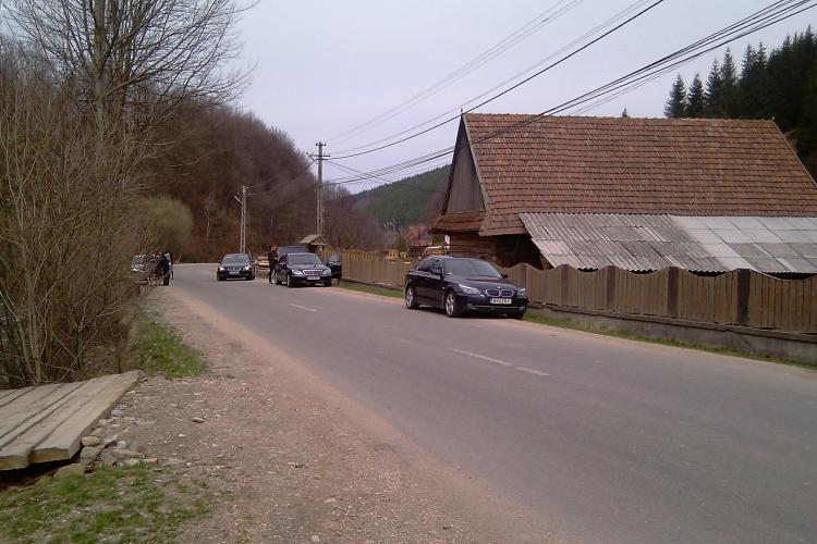 Guvernul da 800.000 de lei pentru investitii in satul natal al lui Emil Boc
