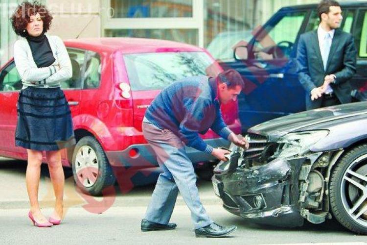 Sotia lui Bodo a lovit un Mercedes de 150.000 de euro - VIDEO