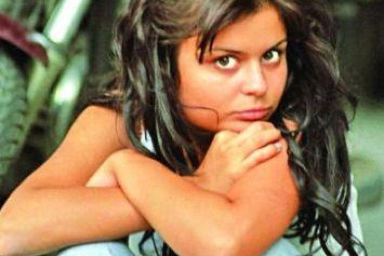 Ana Maria, fosta castigatoare a Trofeului Mamaia, le-a povestit judecatorilor cum a fost batuta de cantaretul Florin Chilian