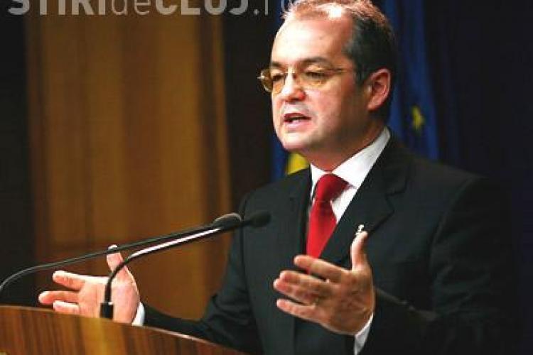 Emil Boc: Nu absorbim fonduri europene pentru ca lucram cu romani!