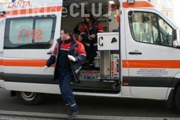 Soc in Turda! Un barbat a murit in statia Micro 3, dupa ce s-a dat jos dintr-un autobuz