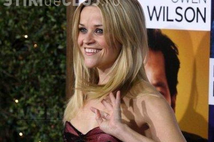 Reese Witherspoon, accidentata de o masina in timp ce facea jogging