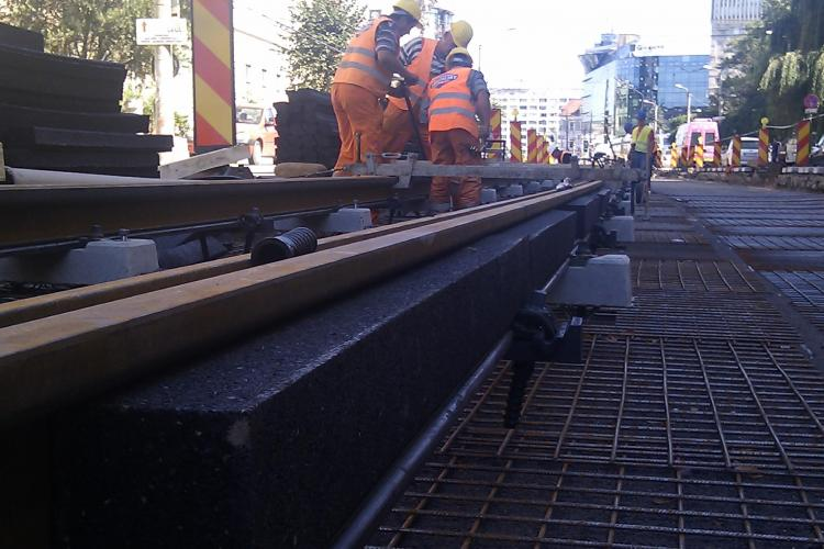 Se toarna primul strat de beton la linia de tramvai din Cluj-Napoca, pe strada George Baritiu! VIDEO