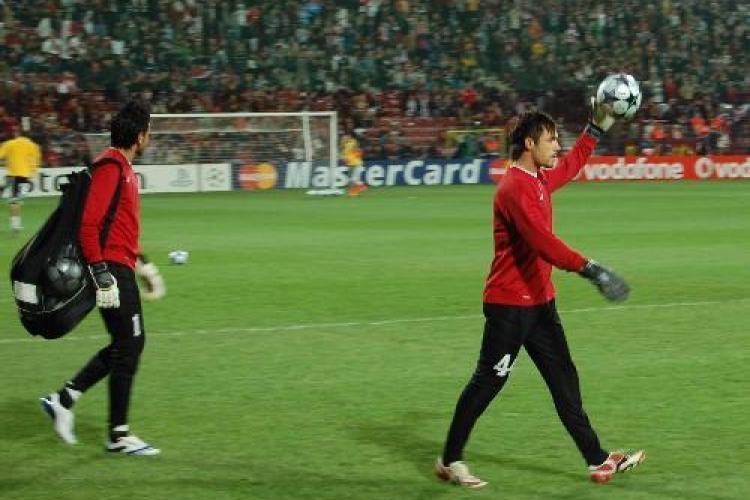 Ce jucatori de la CFR Cluj au fost dati afara din echipa si trimisi sa se antreneze in parc