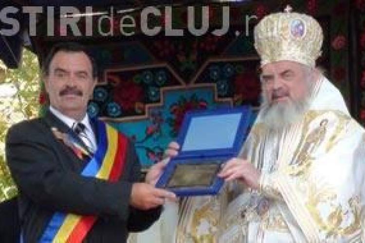 Patriarhul Daniel, la sfintirea bisericii din Turda Bai! Dupa ceremonie a fost facut cetatean de onoare