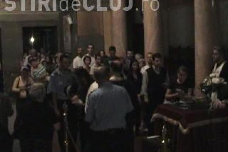 Moastele de la Muntele Athos raman la Cluj-Napoca pana la ora 15.00! 10.000 de credinciosi s-au inchinat la ele