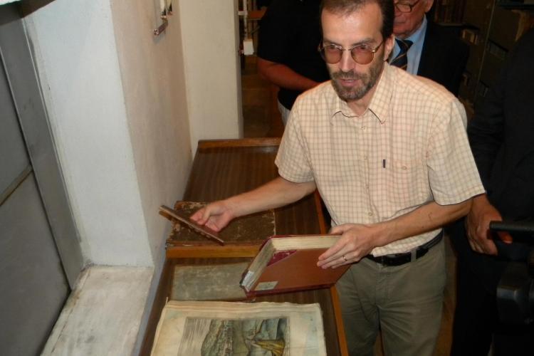 Expozitie de carti vechi la Biblioteca Academiei Cluj