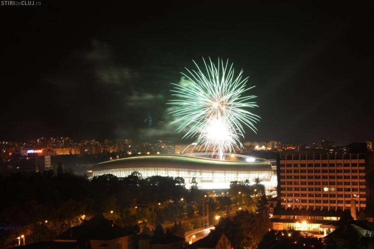 """Artificiile de pe Cluj Arena au """"inundat"""" YouTube Cele mai """"tari"""" VIDEO"""