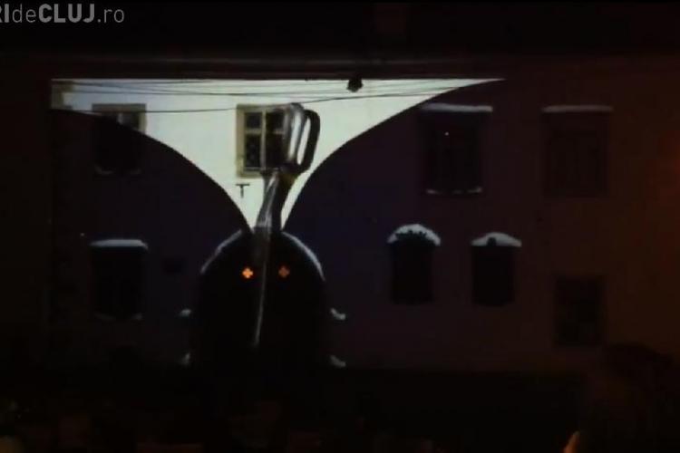 Proiectie 3D pe Casa Matei! Vezi imaginile care i-au uimiti si pe turistii francezi VIDEO