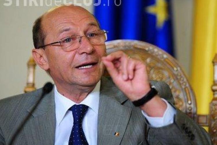 Basescu revine: Statele Unite ale Europei sunt solutia pentru salvarea batranului continent