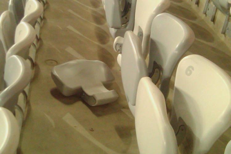 """Tise, despre scaunele dezmembrate pe Cluj Arena: """"Clujenii au distrus scaunele. Altii au distrus intrarile la toaleta"""" VIDEO"""