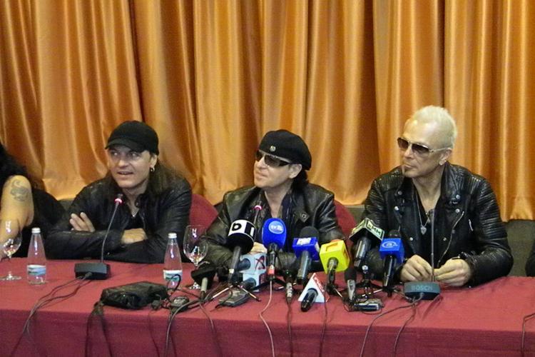 Conferinta Scorpions la Cluj, la hotelul City Plaza! LIVE VIDEO STREAM