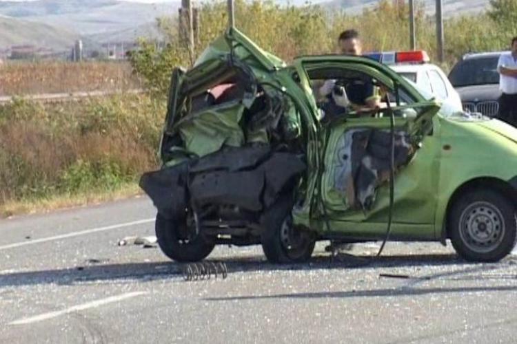 Accident la Jucu! Matiz facut conserva, iar 7 victime au ajuns la spital VIDEO