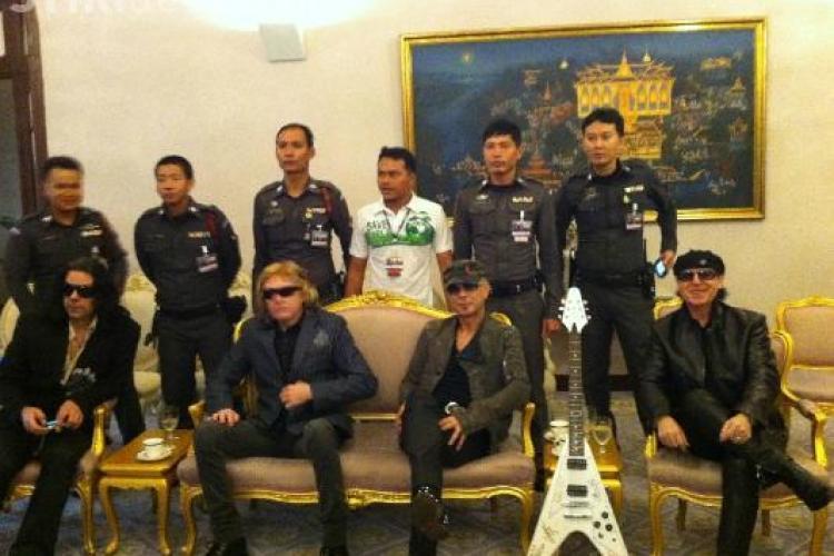 Scorpions cutreiera lumea din 15 martie 2010! VEZI FOTO incredibile pe site -ul formatiei cu locurile vizitate