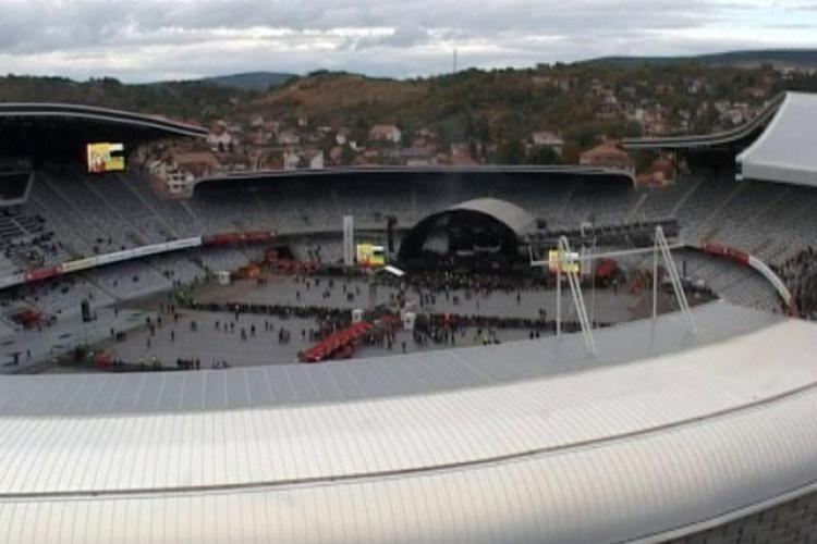 Asteptand Scorpions, Cluj Arena incepe sa se umple! Vezi imagini cu stadionul si spectatorii VIDEO si FOTO