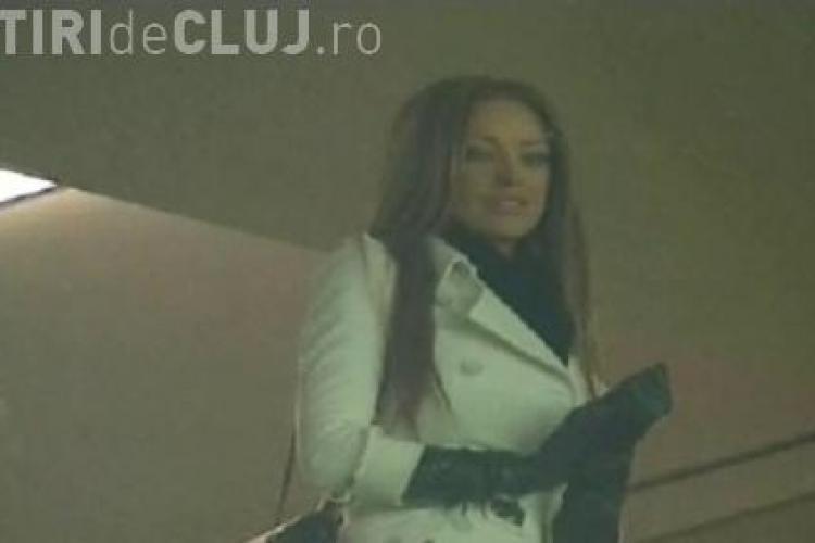 Bianca Dragusanu, in tribuna VIP de pe Cluj Arena la meciul U Cluj - FC Brasov