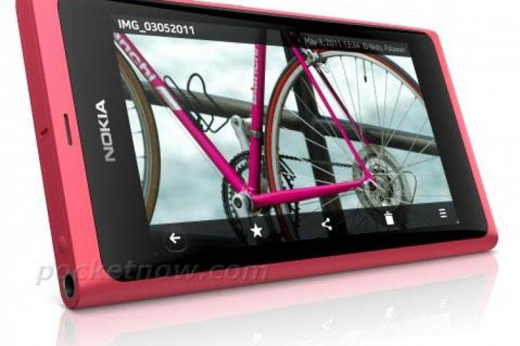 Nokia prezinta la Cluj noul smartphone N9, dar inchide fabrica de la Jucu VIDEO