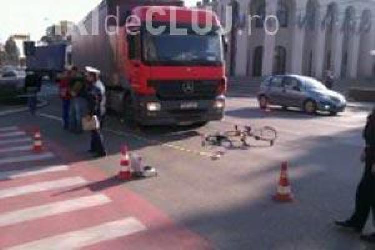 Biciclist lovit de un camion in Campia Turzii