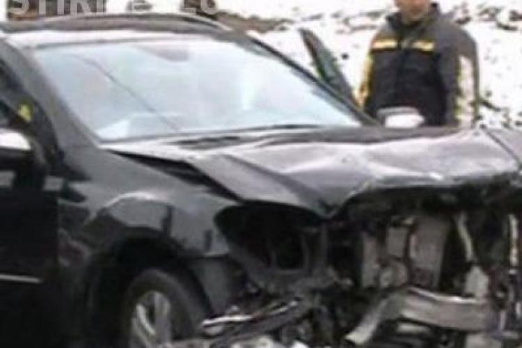 Mercedesul lui Huidu asigurat in caz de accident! La cat pot ajunge despagubirile