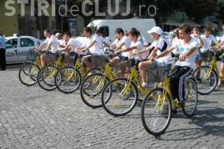 Cluj: S-a lansat licitatia de amenajare a 50 de statii de inchiriere de biciclete si 14,5 km de piste VIDEO