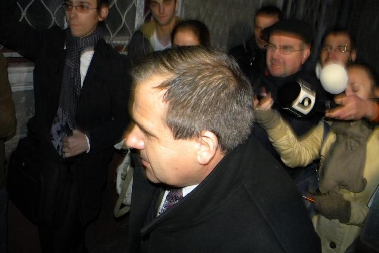 Gheorghita Mateut, avocatul sotilor Apostu, a ajuns la DNA Cluj: S-a inceput urmarirea penala VIDEO