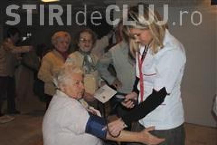 Glicemia testata gratuit in Iulius Mall