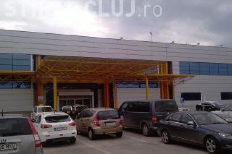 Expozitie de aeromodele si picturi la Aeroportul International Cluj-Napoca