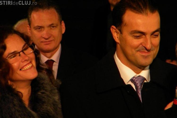 Sotia primarului, Monica Apostu, dusa la audieri la DNA Cluj VIDEO