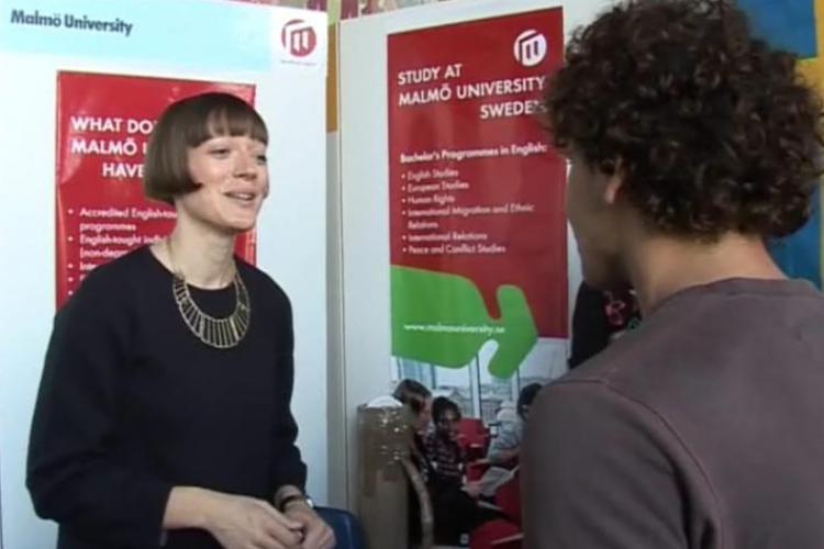 Cum poti ajunge sa studiezi in Marea Britanie! Detalii la RIUF 2011 Cluj VIDEO