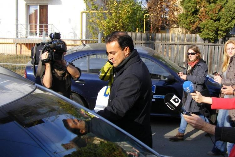 Sorin Apostu, dus de DNA Cluj si audiat. Sotia lui a fost eliberata VIDEO
