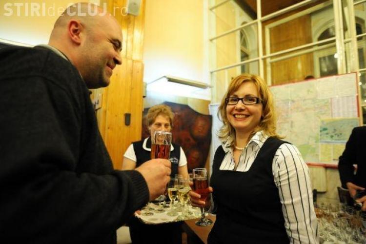 Aspazia Droniuc, spagara de la Consiliul Judetean Cluj, a avut sediul firmei in locuinta consilierului local Brandusa Mandru