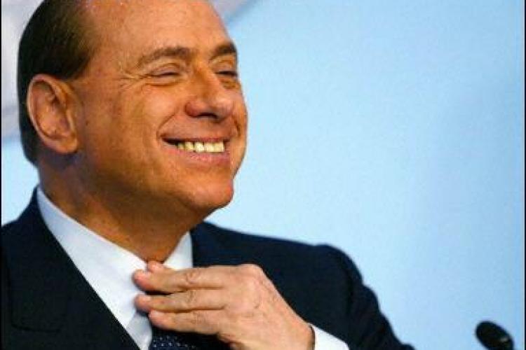 Berlusconi, cantaret pe vase de croaziera in anii '60. Vezi o poza inedita
