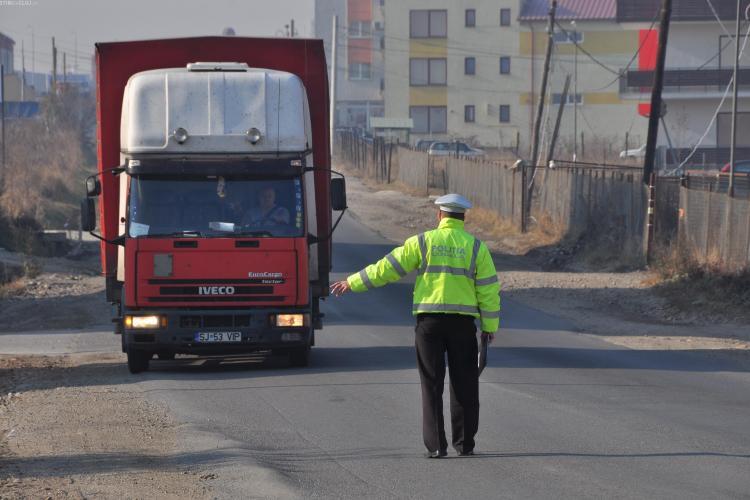 TIR -urile, interzise pe ruta Calea Turzii - Buna Ziua - Nicolae Titulescu - Traian Vuia VIDEO